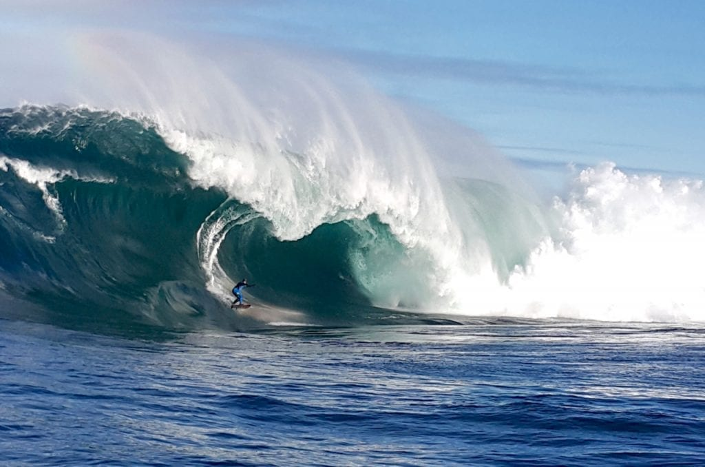 Big-Wave-Surfing in Tasmania